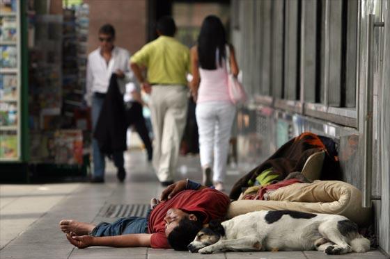 A pobreza ainda é visível nas ruas da argentina Foto: Misiones Digital