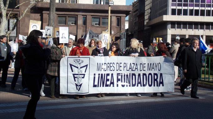 Madres Da Plaza De Mayo Perdem Influência