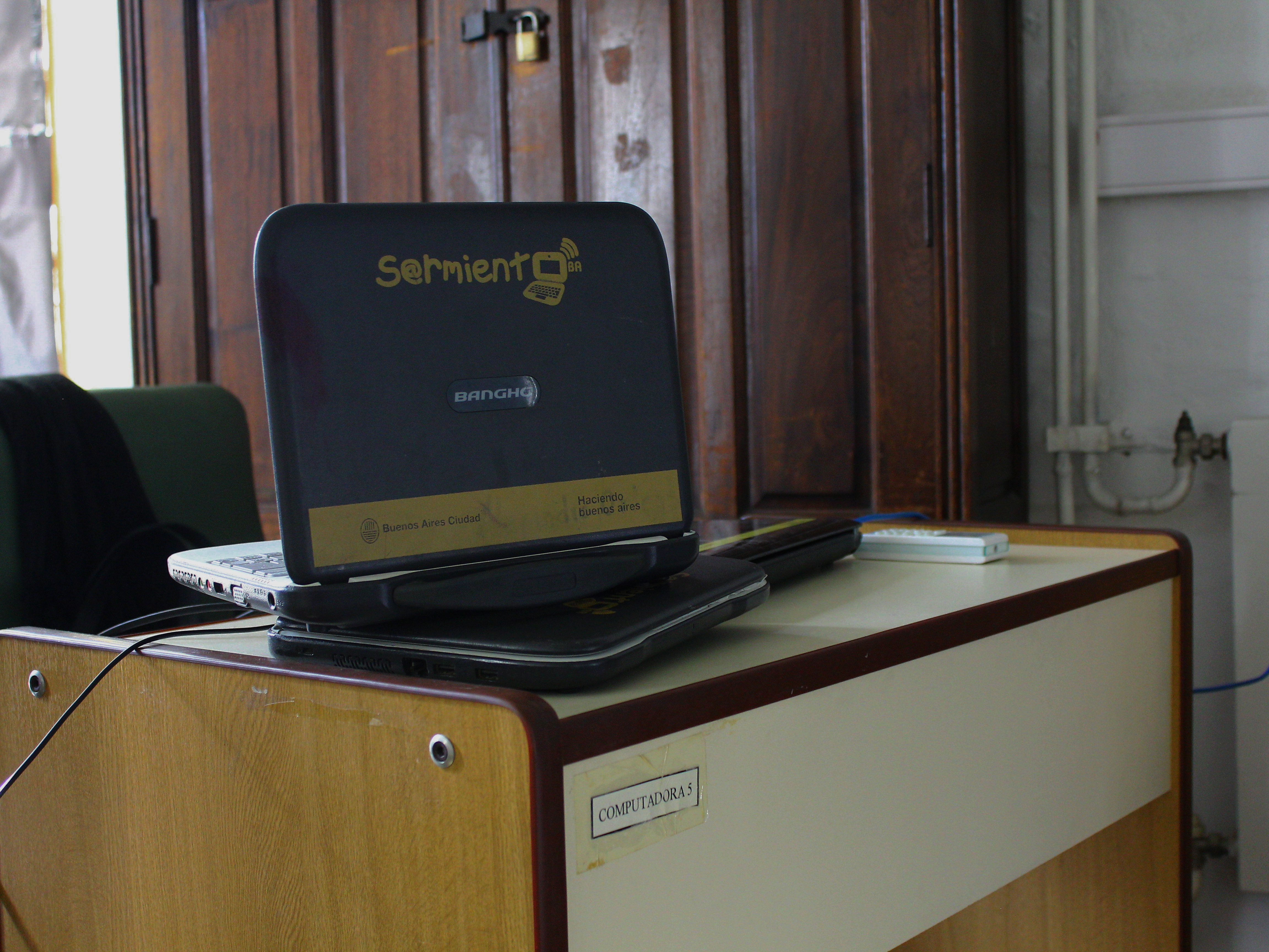 Netbook utilizado pelas 43 mil escolas vinculadas ao programa Conectar Igualdad