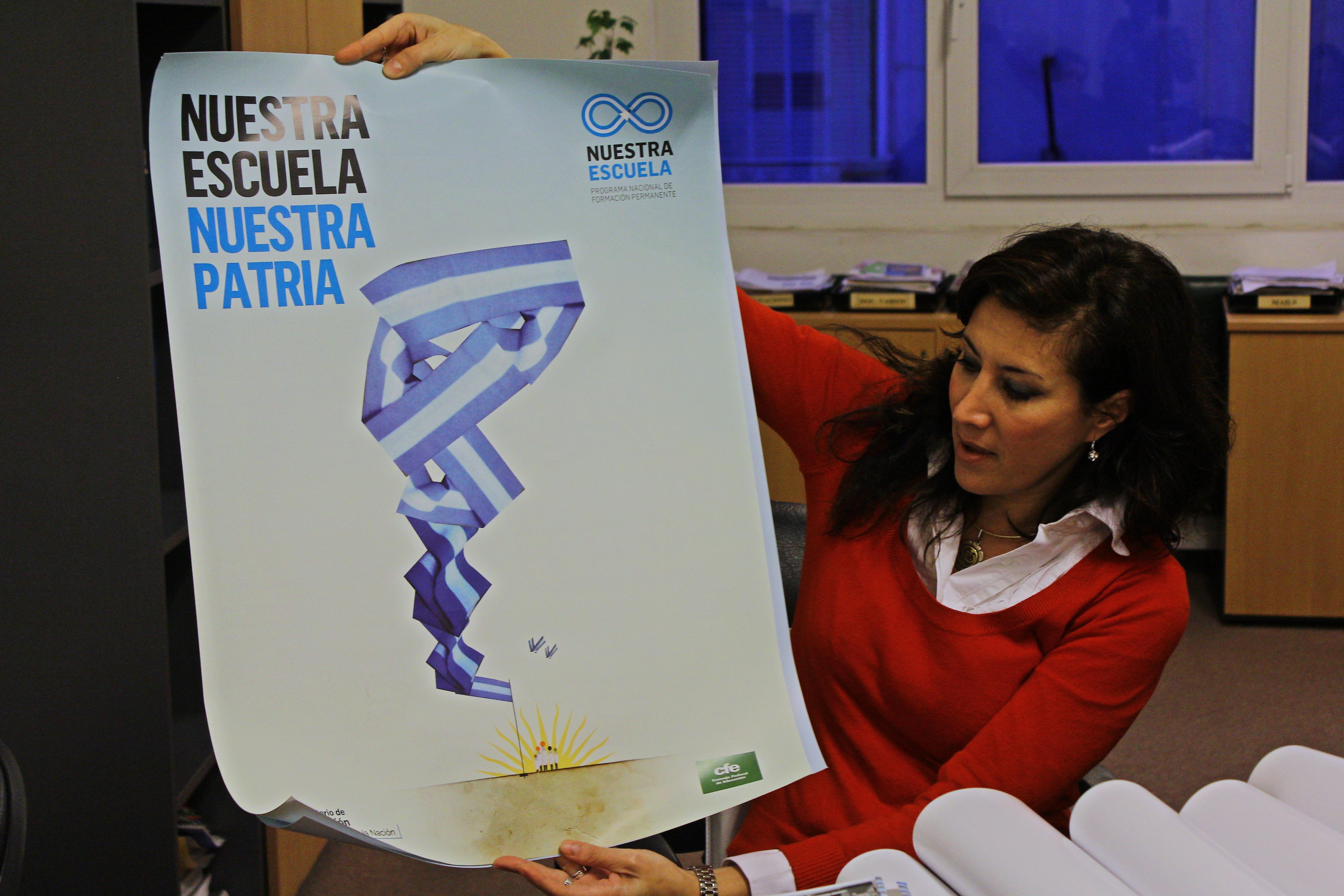 Coordenadora da comissão regional de formação de docentes do ministério da educação da Argentina, Veronica Piovani explica como funciona o programa nacional de formação permanente Nuestra Escuela.
