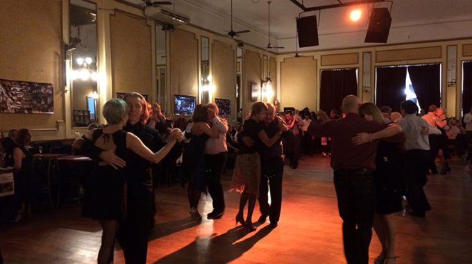 Clube De Tango