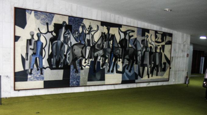 O Encantamento Da Arte De Brasília