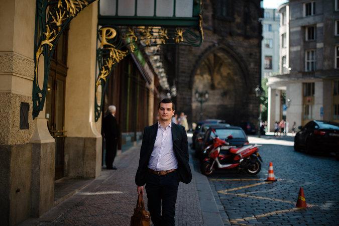 Jakub Janda, subdirector en European Values, un comité de expertos con sede en Praga que ha trabajado con East Stratcom. Foto por: Dmitry Kostyukov para The New York Times