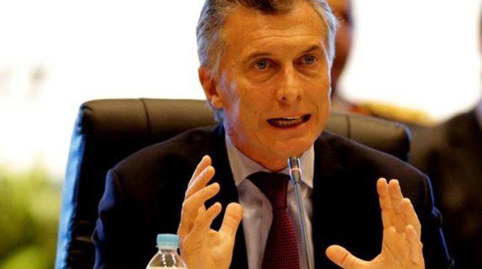 Macri Enfrenta Sua Primeira Greve Geral Na Argentina