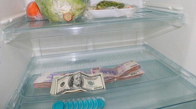 Saiba Porque Argentinos Ainda Escondem Dólares Em Casa